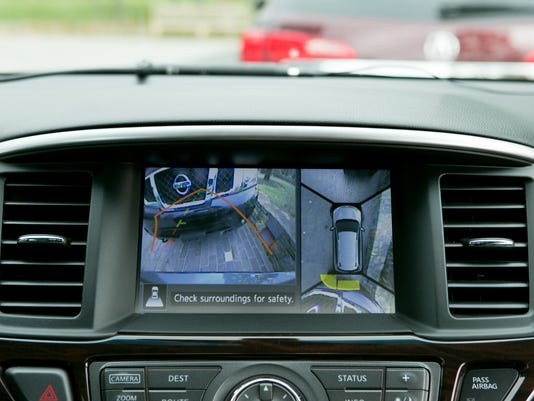 backup cameras can now be used in driver 39 s test. Black Bedroom Furniture Sets. Home Design Ideas
