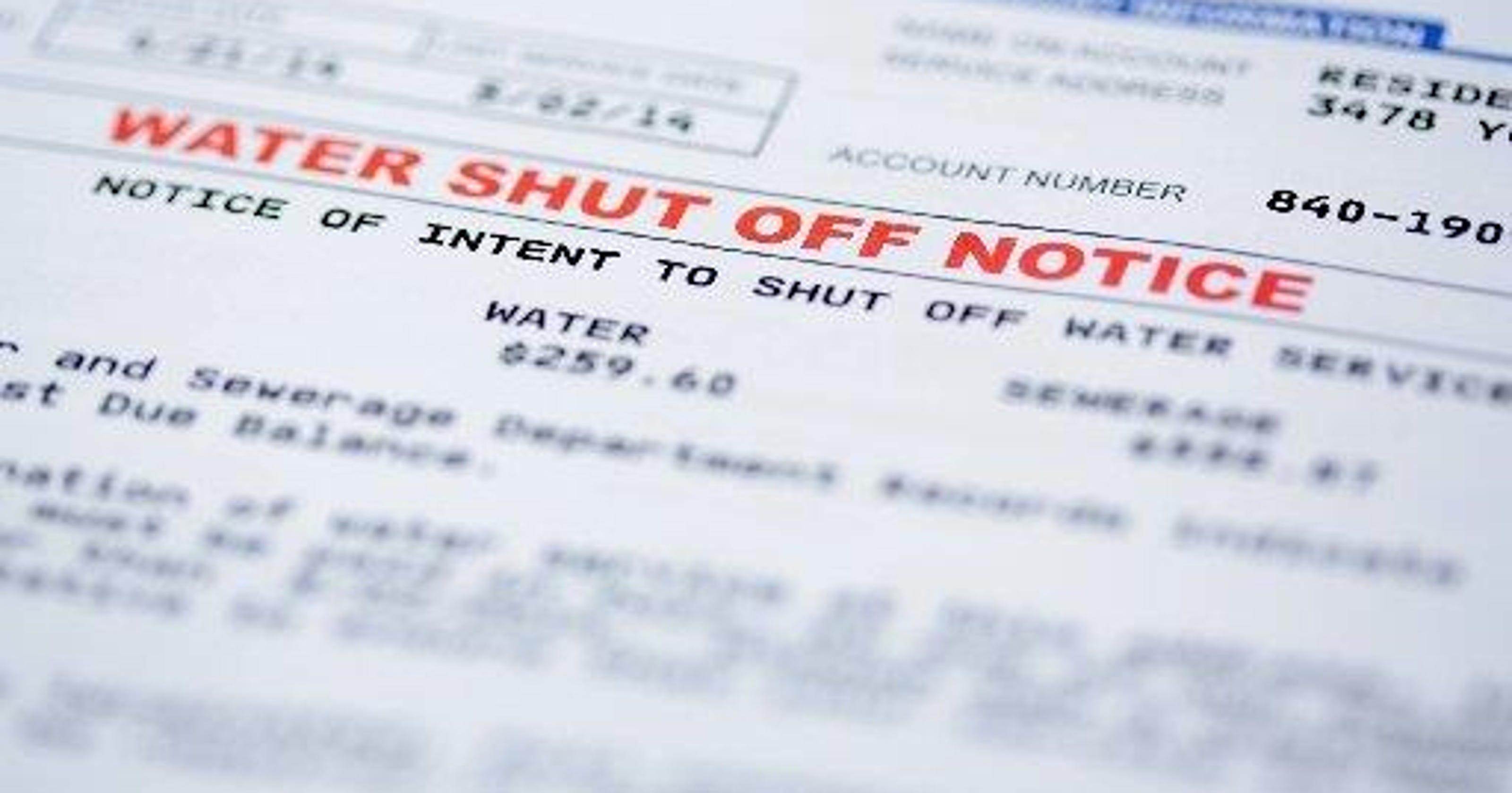 17,000 detroit households at risk for water shutoffs