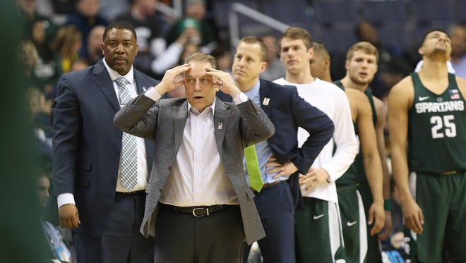 Michigan State coach Tom Izzo reacts from the sidelines in the second half MSU's 63-58 loss in the Big Ten tournament Friday in Washington.