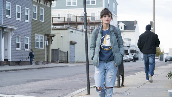Bridgette Bird (Frankie Shaw) is a South Boston single mother trying to make ends meet in Showtime's 'SMILF.'
