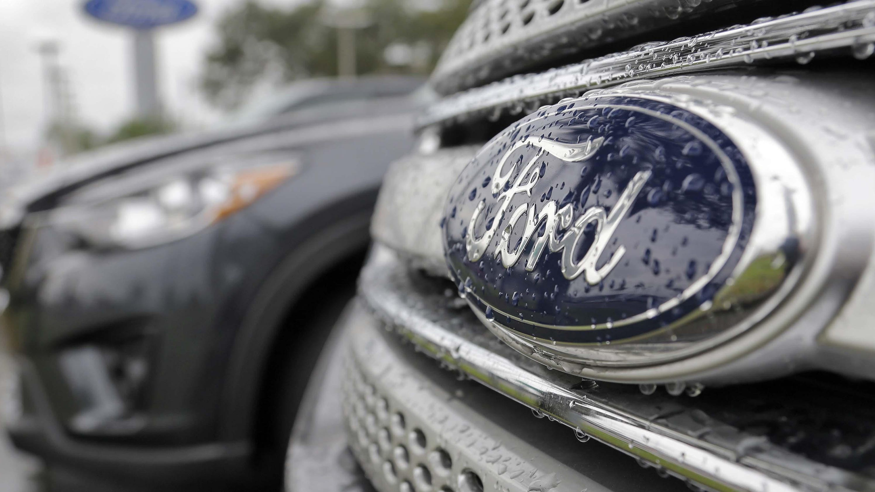 GM, Ford sales in China tumble in January