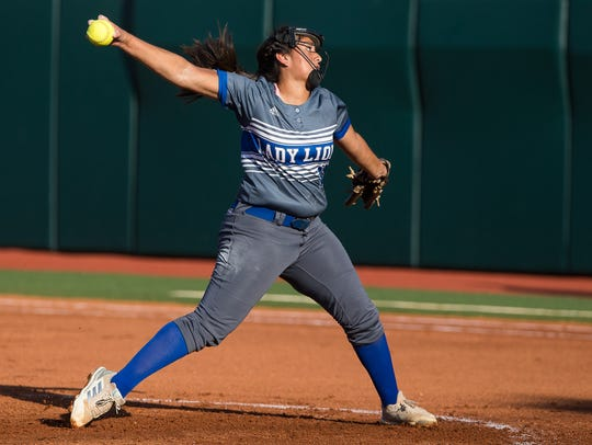 Santa Gertrudis Academy's Saidi Castillo throws a pitch