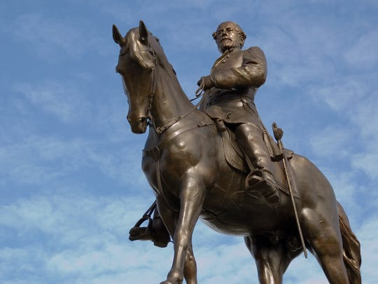 A statue of Robert E. Lee