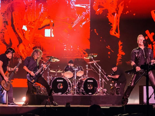 metallica-mauricio-santana-getty-images-e1516821037384.jpg