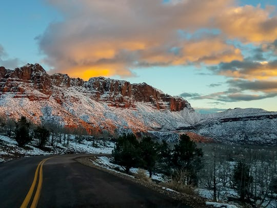 zion-national-park-in-snow-southwestern-america-winter-utah.jpg