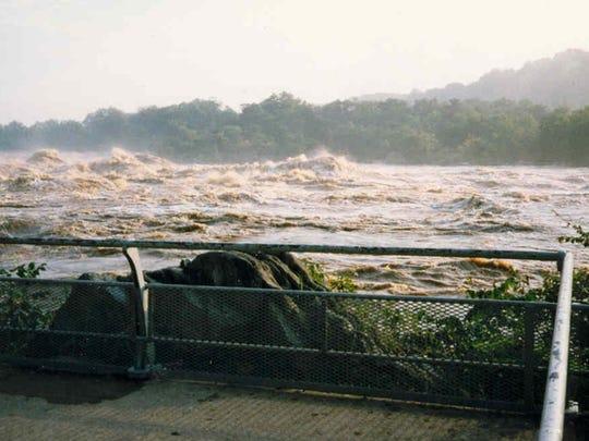 floods-of-1996.jpg