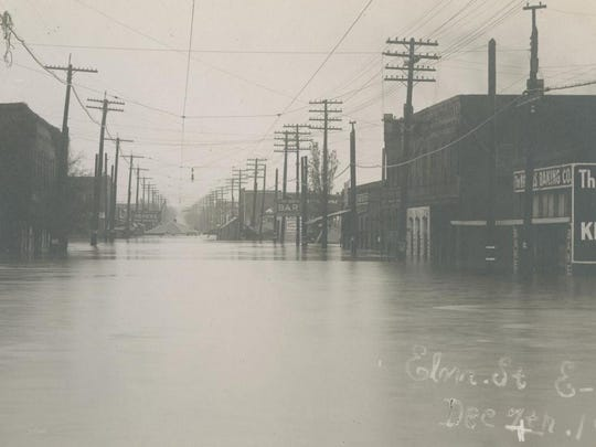 brazos-river-flood-texas-1899.jpg