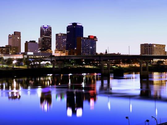 Median rent in Arkansas is$949.