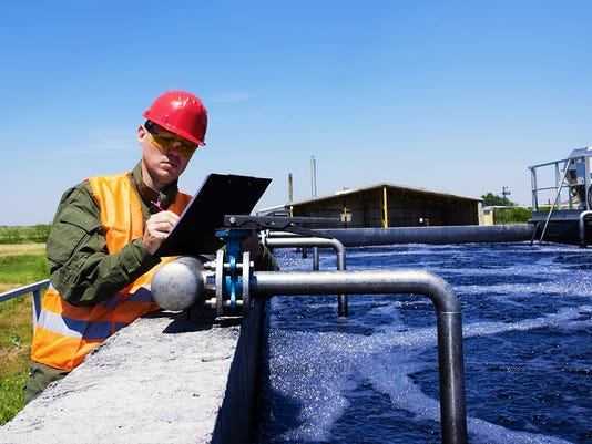 water-and-wastewater-treatment-plant-and-system-operators.jpg