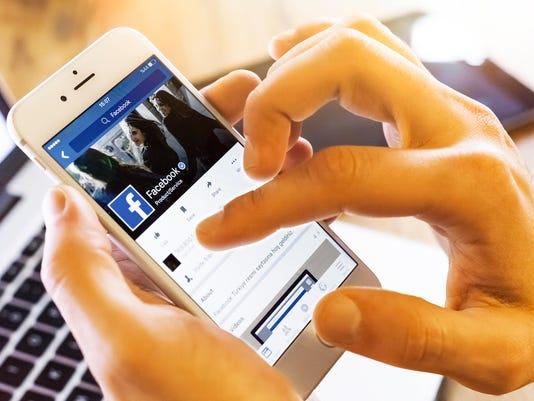 facebook-mobile1.jpg