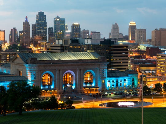 Missouri: Kansas City• Cost of living in Kansas City: 6.3 percent less expensive than avg.• Cost of living in Missouri: 10.5 percent less expensive than avg.• Poverty rate: 10.9 percent• Median household income: $61,385