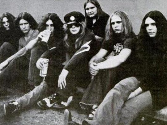 Fans of Southern rock royalty Lynyrd Skynyrd are raising money to fund two Mississippi Blues Trail markers honoring the life and times of the band. One marker would be placed at the scene of their 1977 plane crash near McComb while the other would be placed at the hospital where band members and other passengers were treated.