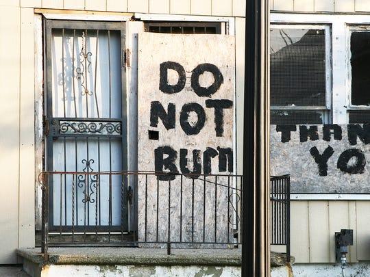 flint-michigan-abandoned-house1.jpg