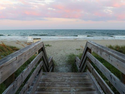 myrtle-beach-south-carolina-ghost-town.jpg