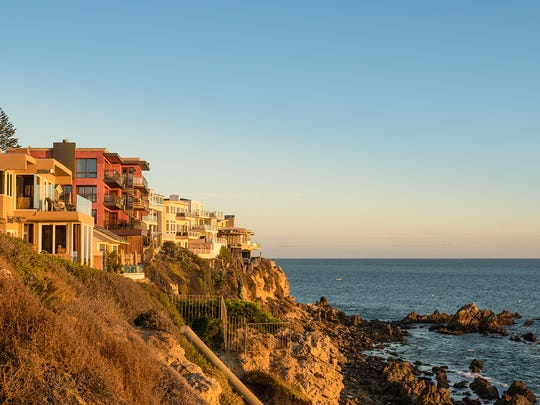 A photo from Corona Del Mar, California, where the median home sale price is $2,500,000.