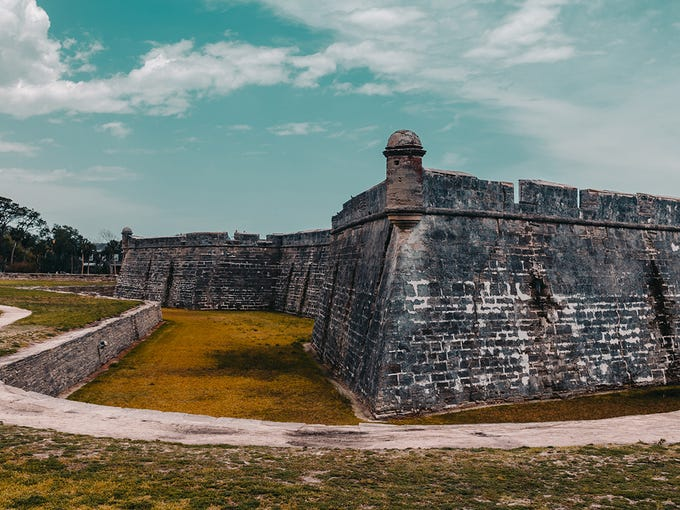If you're looking to plan a historic trip, you have 100 revolutionary towns to visit. First up: St. Augustine, Florida.<br /> <br /> <strong>1. St. Augustine, Florida</strong><br /> <br /> <strong>Founded:</strong> 1565<br /> <strong>Population:</strong> 13,867