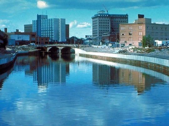 Flint, MI