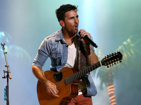 29. Jake Owen   • No. of weeks on Hot Country chart (last 3 yr.):  96   • Most recent Hot Country hit:  Down To The Honkytonk   • Wikipedia page views (2 yr.):  481,000   ALSO READ: 50 Most Famous Actresses