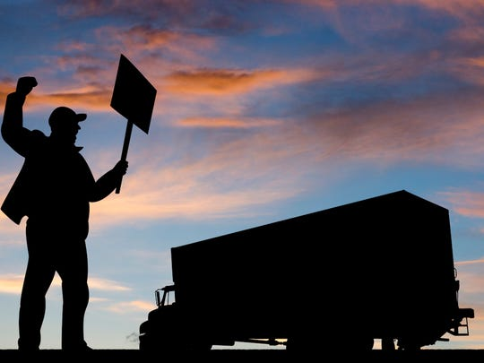 international-brotherhood-of-teamsters-trucker-strike.jpg