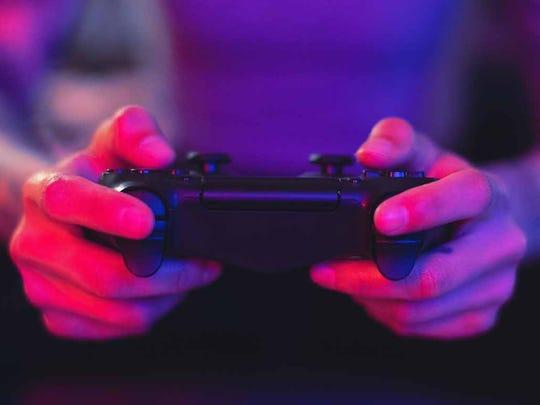 gamer-hands.jpg
