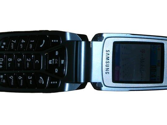Samsung SGH-E700– 2003