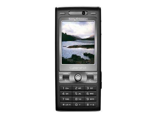 Sony Ericsson K800i– 2006