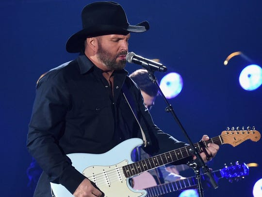 Country music star Garth Brooks will bring his 'Dive Bar Tour' to Prospectors Steakhouse & Saloon in Mount Laurel in December.
