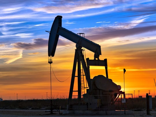 Oil and gas producer WPX Energy on Monday announced a deal to acquire privately held Felix Energy for $2.5 billion in cash and stock. Investors like the deal.