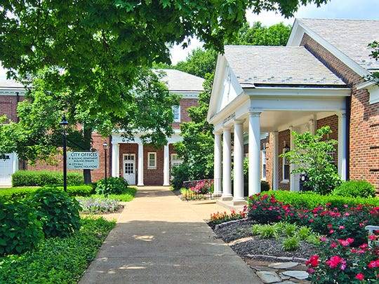 19. Ladue, Missouri   • Population:  8,586   • 5 yr. population change:  +0.8%   • Median household income:  $192,500   • 5 yr. avg. unemployment:  1.6% Ladue, a suburb of St. Louis, is one of the wealthiest cities on this list. The typical household in Ladue earns $192,500 a year, more than triple the national median income of $60,293. Ladue residents have easy access not only to entertainment and cultural attractions in nearby St. Louis, and also jobs in the city. An average of just 1.6% of area residents were out of work over the last five years, well below the national average of 5.9%.  High property values can be indicative of an area's desirability. In Ladue, the typical home is worth $835,300, more than four times the national median home value of $204,900.     ALSO READ: States Where People Live the Longest