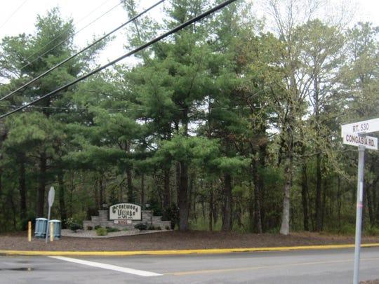 Crestwood Village, New Jersey.