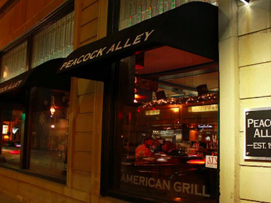 North Dakota: Peacock Alley American Grill and Bar