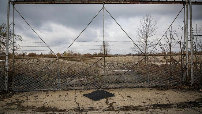 A large vacant lot remains at the former site of the Muncie Chevrolet plant near 8th Street Tuesday, Nov. 10, 2015.