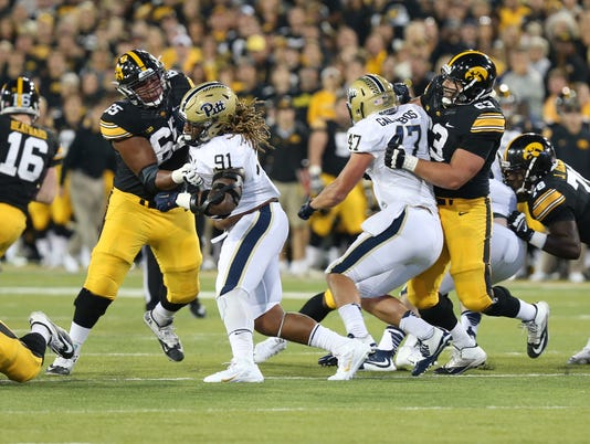 NCAA Football: Pittsburgh at Iowa