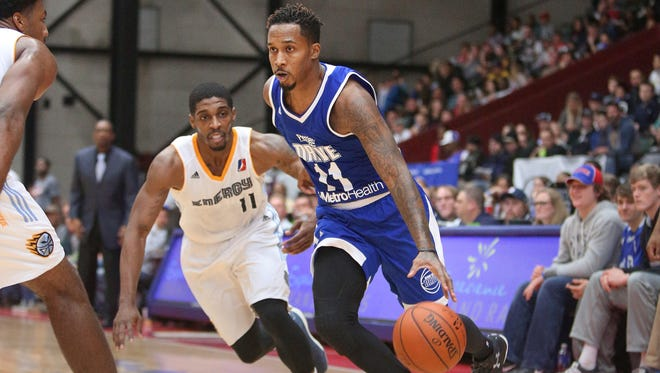 Brandon Jennings drives during his game with the Pistons' D-League affiliate in Grand Rapids on Saturday night.