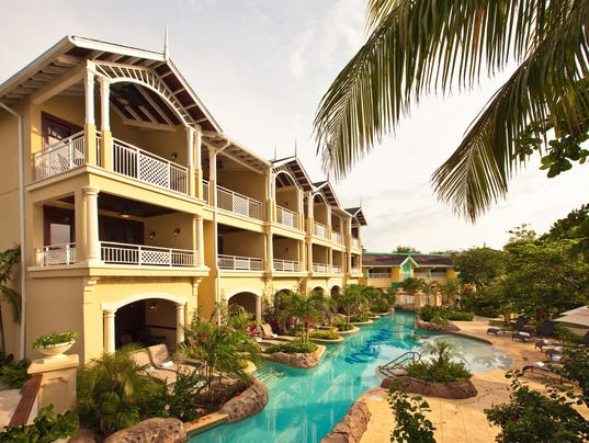 sandals Adult-all-inclusives-sandals-1422