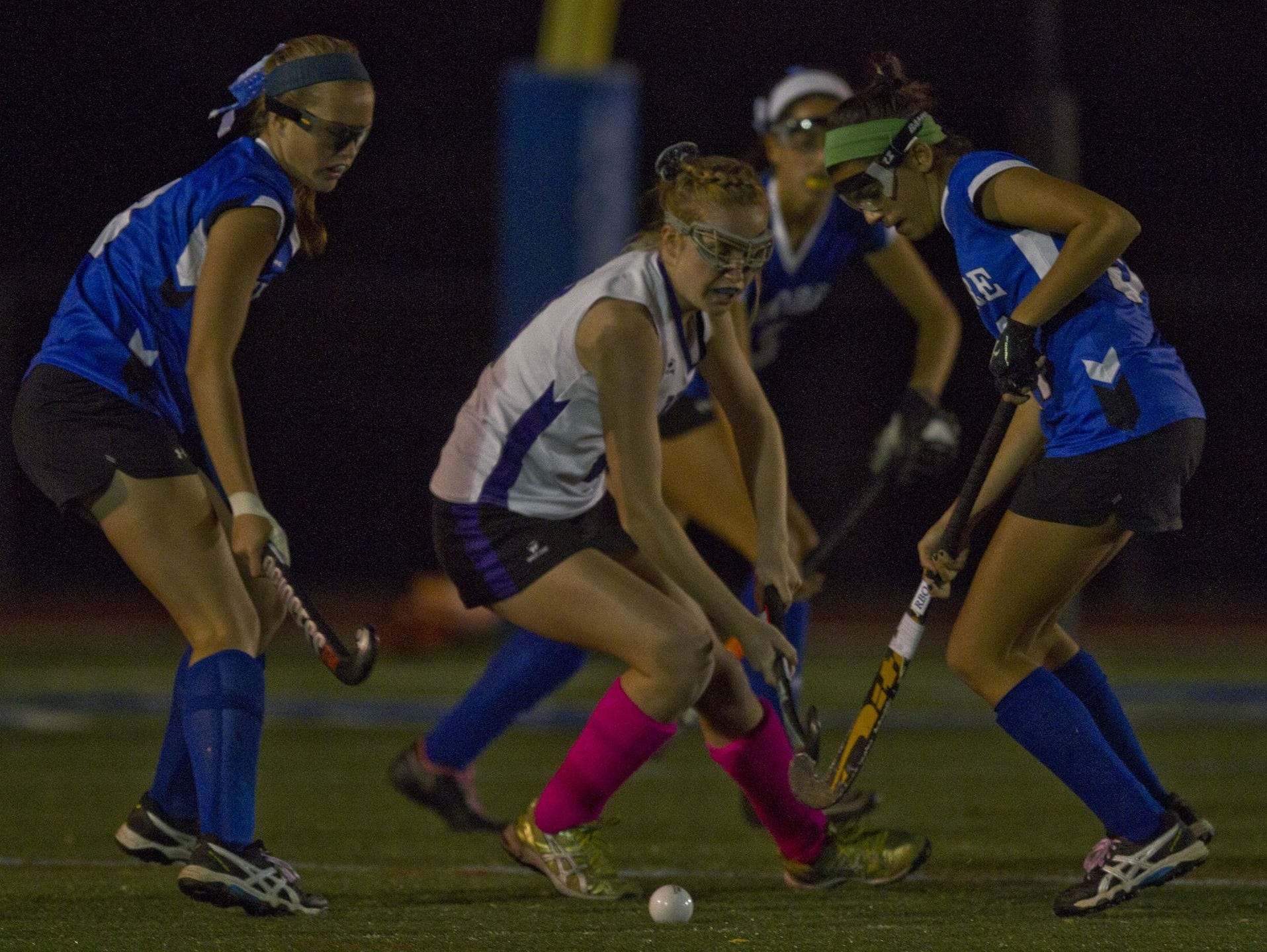 The Rumson-Fair Haven field hockey team takes on Shore Regional in the 2015 SCT final