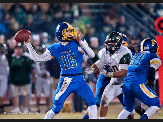 Exeter's Alec Trujillo passes against Liberty-Madera Ranchos in a Central Section Division IV first-round game on Friday, November 13, 2015.