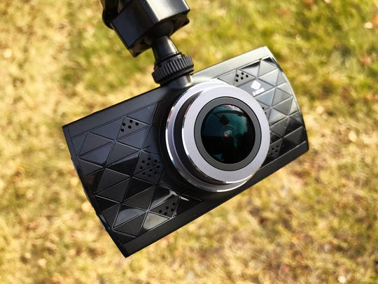 The Z-Edge Z3 Ultra HD dash cam.