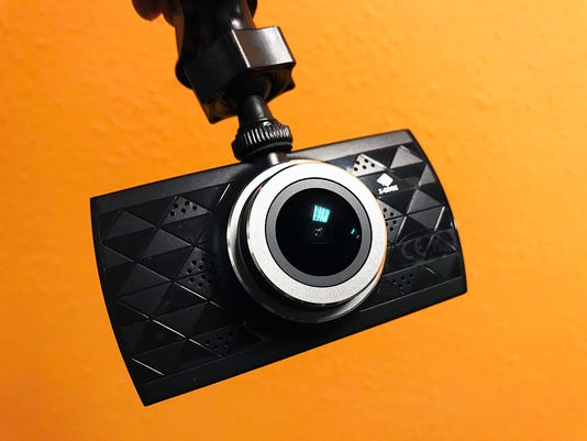 The Z-Edge Z3 Ultra HD dash cam.