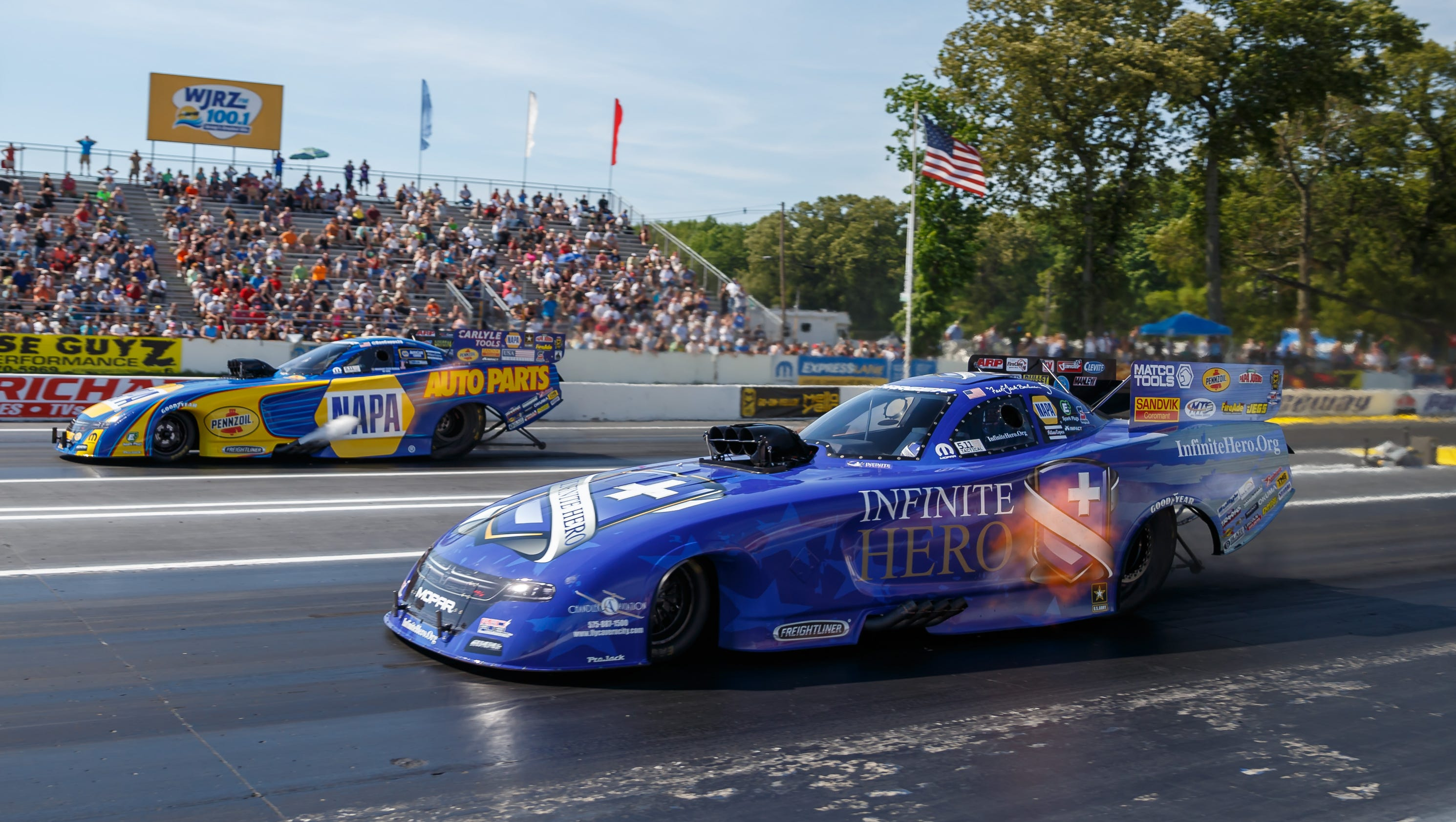 BRISTOL, Tenn. (Dec. 20, ) - The roar in Thunder Valley is back and better than ever in , as Bristol Dragway plays host to a combination of fan-favorites, including the ground-pounding action of the NHRA Mello Yello Drag Racing Series, and new events, including the .