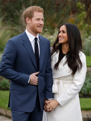 According to the reporters on scene, Prince Harry designed the engagement ring himself, using one stone from Africa and another from his late mother's personal collection.