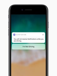 iOS 11 can silence notifications to keep you safe while