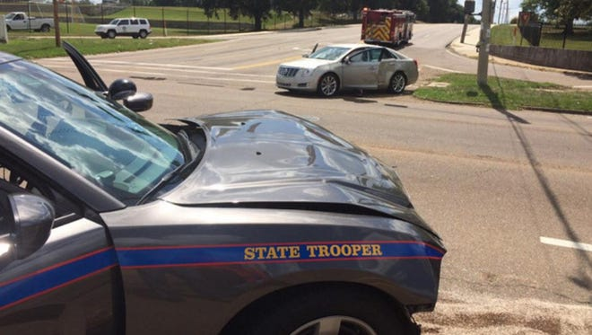 Accident involving a Mississipi state trooper.