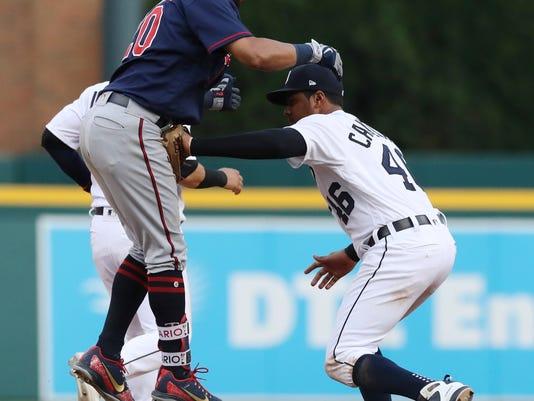 Twins_Tigers_Baseball_61490.jpg
