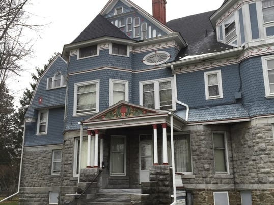 New york victorian homes offer glimpses of history for Victoria home builders