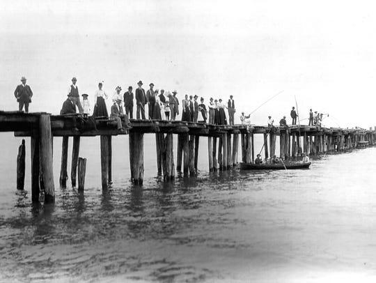 The Hika pier at Lake Michigan circa 1900.
