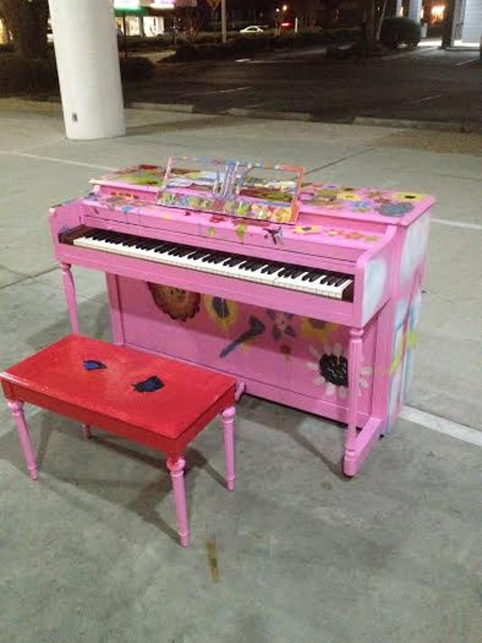pink piano1 . jpg.jpg