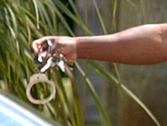 WO-Handcuffs5.jpg