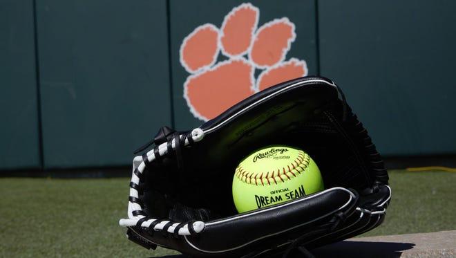 Clemson softball