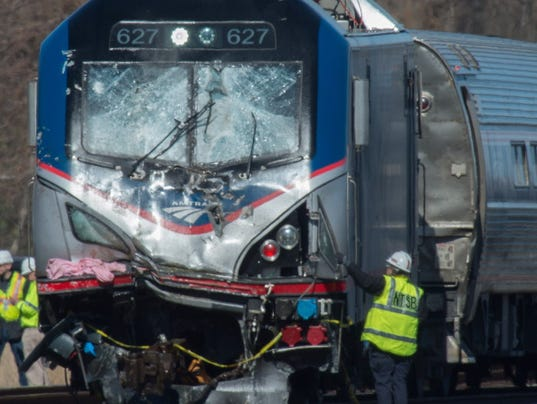 AP TRAIN DERAILS PENNSYLVANIA A USA PA